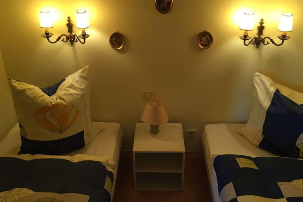 Schlafzimmer1 mit zwei Betten