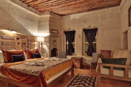 Rox Cappadocia - Uçhisar - Bed & Breakfast