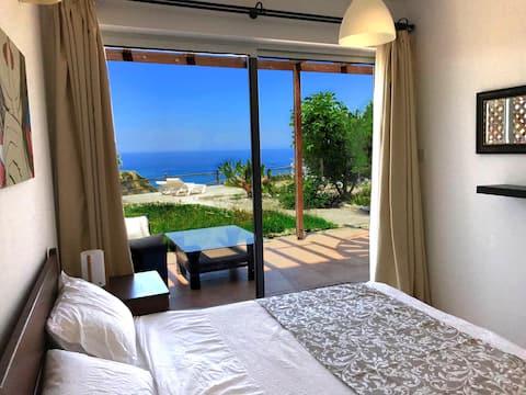 Lejlighed med to soveværelser ved havet