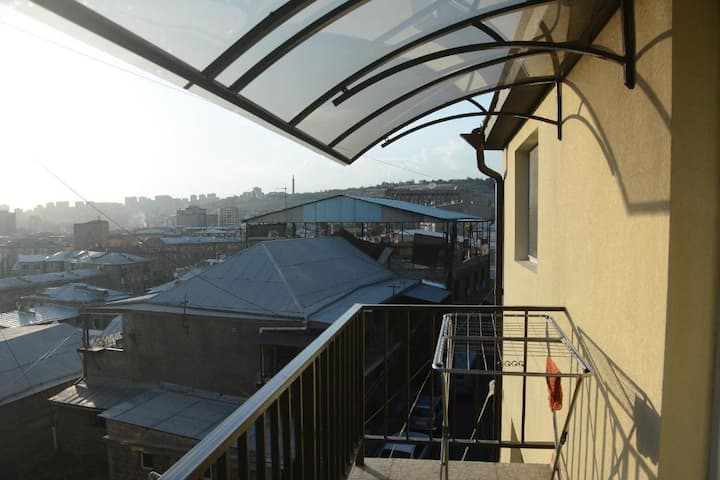1 Bedroom Penthouse w Private Balcony N5