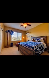 Private comfy beautiful room - Eastvale - Huis