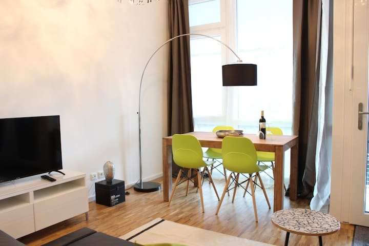 Loft - Innenstadt, Hafencity, Hbf -   in der Nähe - Amburgo - Appartamento
