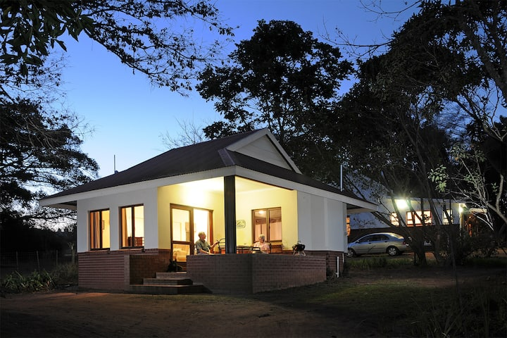 Heuglins - a place of tranquility -Sunbird Cottage