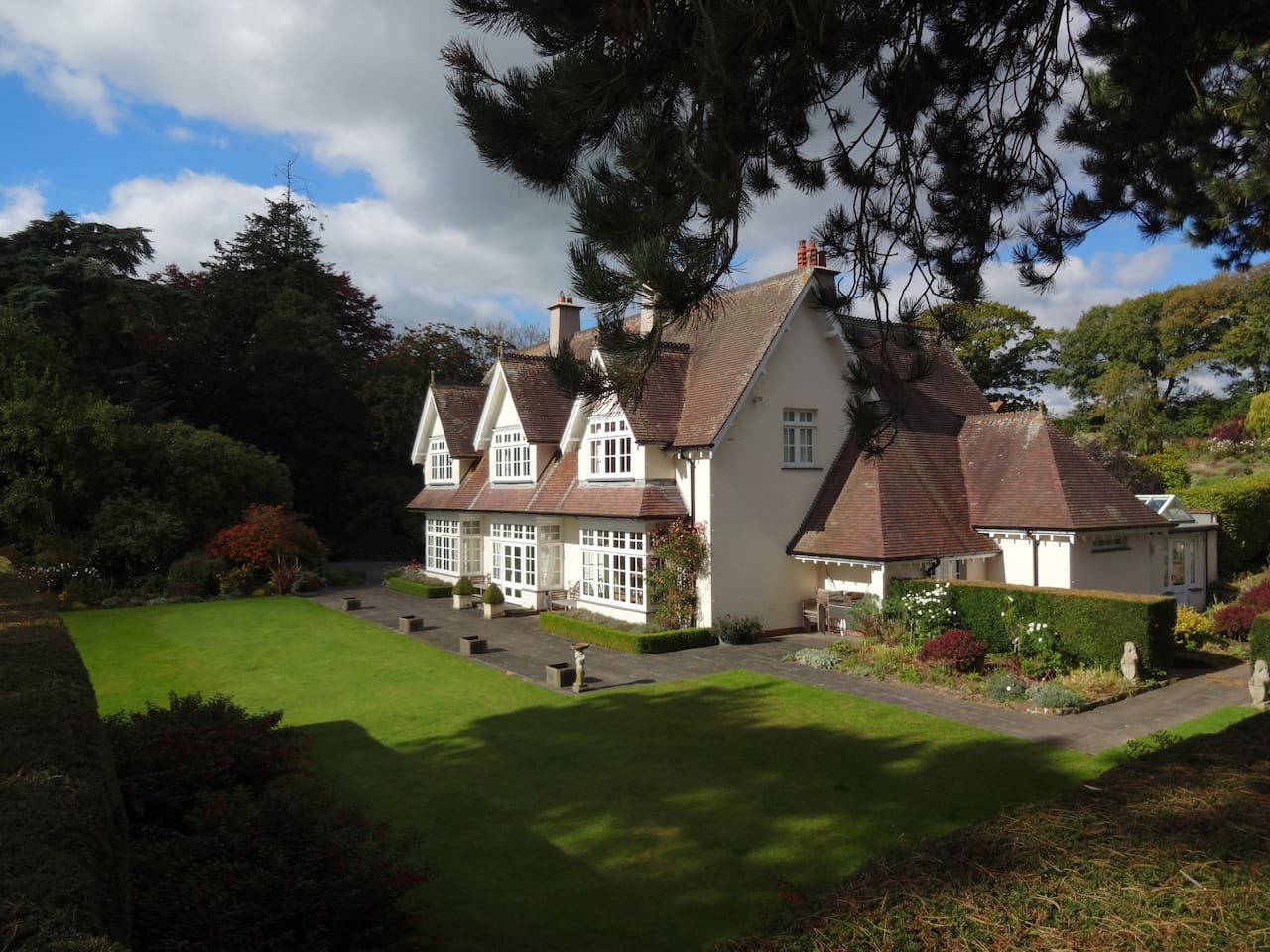 Cotleigh House