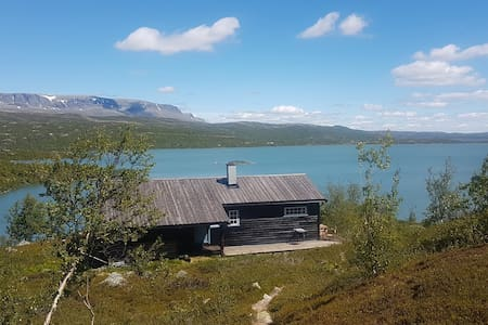 Mountain cabin at Hardangervidda
