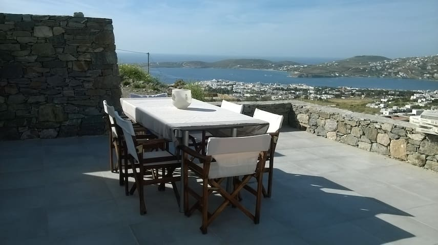 NICE VIEW HOUSE NEAR PORT OF PAROS