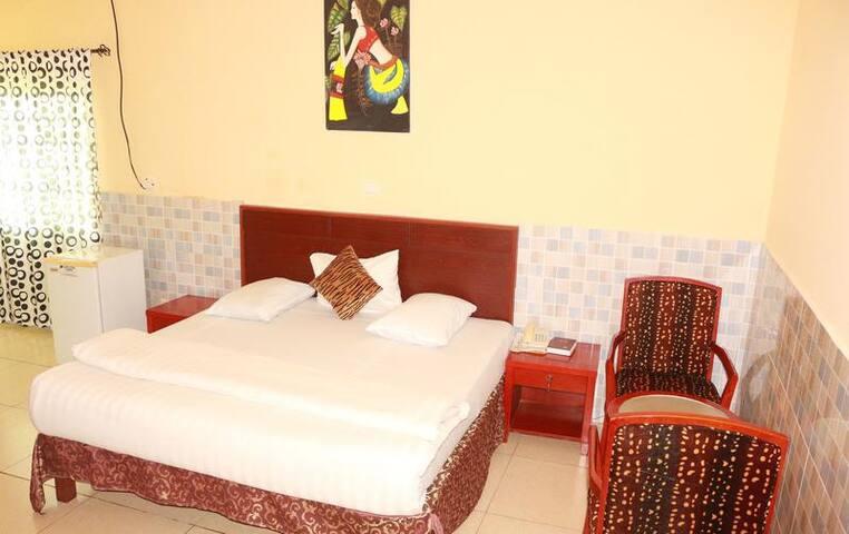 Carlcon Hotel - ALCOVE ROOM