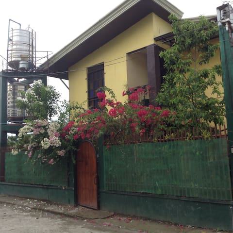Ron and Fire's Place Single Room - Tacloban City - Apartament