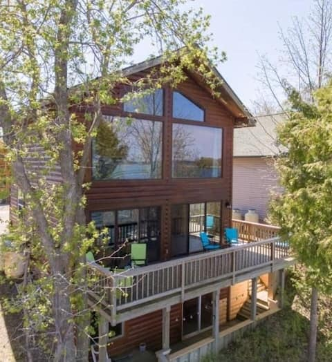 Amazing Lakefront Home on Leech Lake