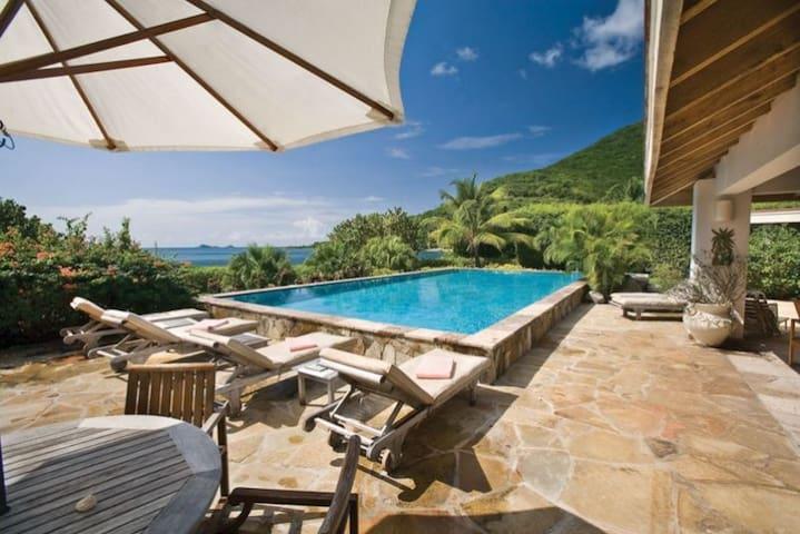 SEA VIEW VILLA - 4 BEDROOMS - BEACHFRONT - Virgin Gorda - Villa