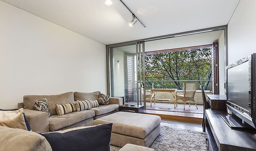 Fantastic room in one of Sydney's best locations