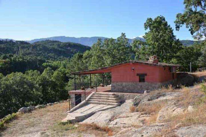 Casa Rural El Retiro de Ceubia para parejas, en Arenas de San Pedro