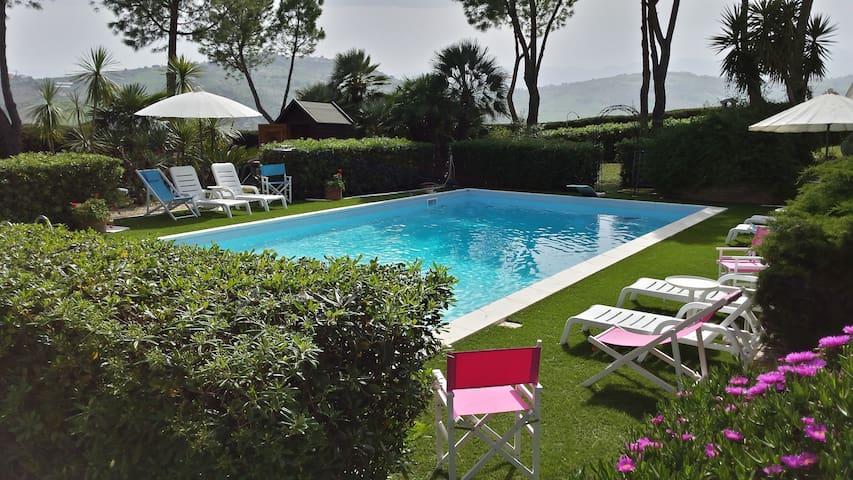 """""""Villa Vittoria"""" - Città Sant'Angelo - Vila"""