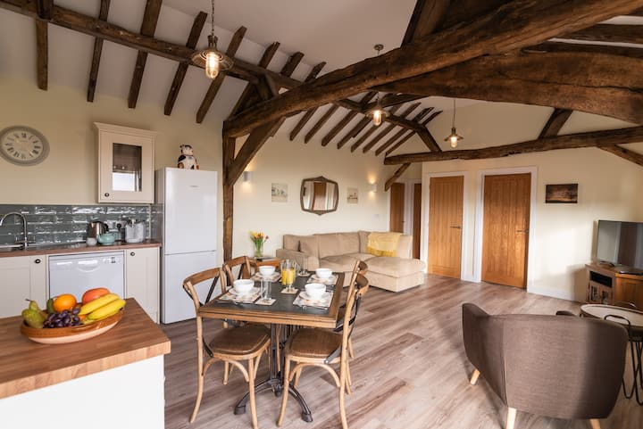 Self Catering Barn Conversion Cottage -The Cowshed