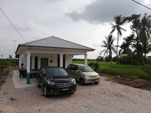 Zai Villa (Comfy house with paddy field view)