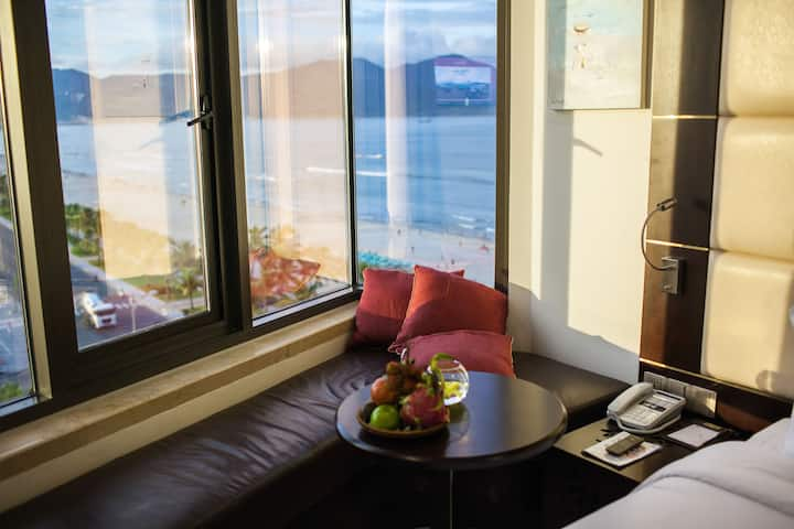 Fabulous Ocean View Private Room By The Beach