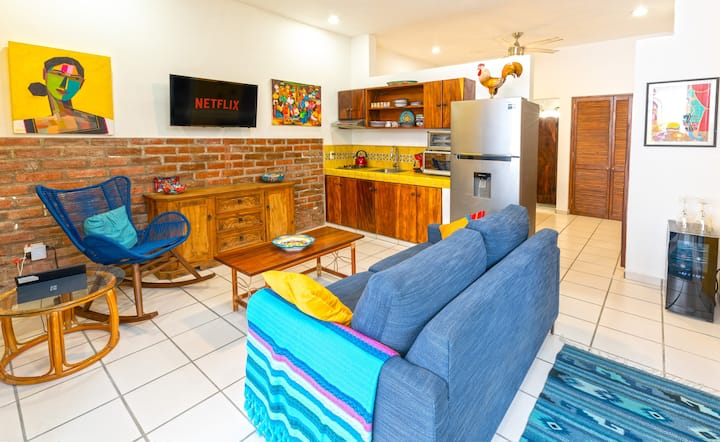 Eclectic Poolside Retreat - 2 Blocks to Beach!