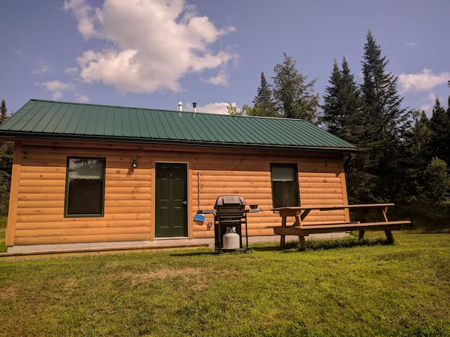 Serene Country Cabins 4
