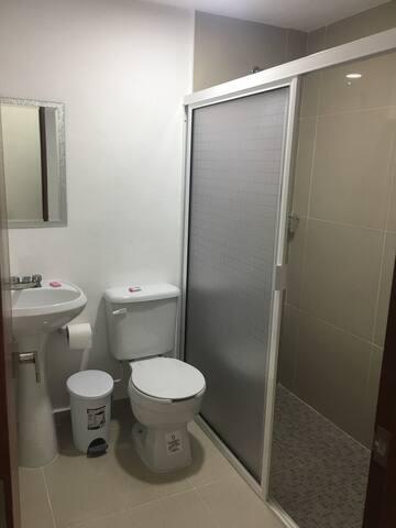 Habitación cómoda  en  el Centro de Cancun.