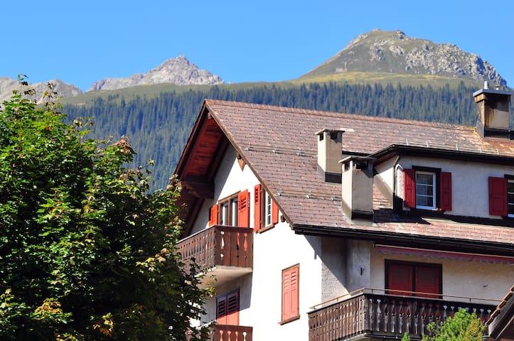 Wohnung im Bergparadies Klosters - Klosters-Serneus - อพาร์ทเมนท์
