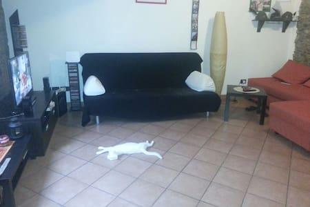 Comodo posto letto - Wohnung