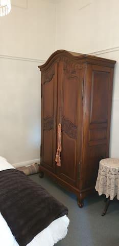 Double bedroom wardrobe