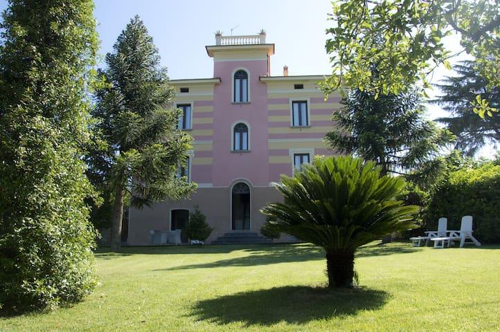 È possibile affittare Villa Vincenza in esclusiva - Vallo della Lucania - Casa de camp