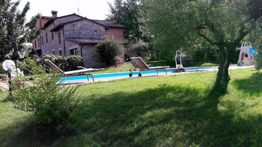 Casa vacanza Casale I Tre Corvi - Monte Castello di Vibio - House