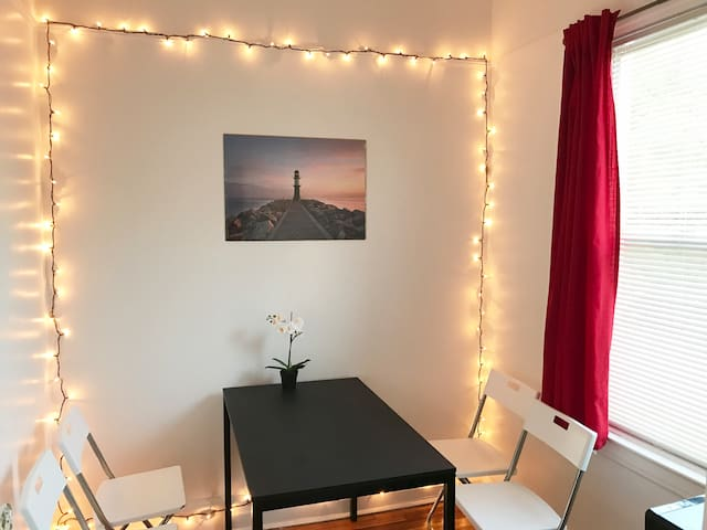 Charming One Bedroom in NYC!
