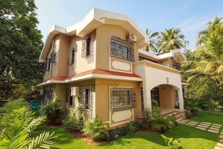 6 BHK Baga Paradise Private Pool Villa