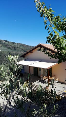 B&B Aqua Dulza - Camera Mimosa - Dolceacqua - Bed & Breakfast