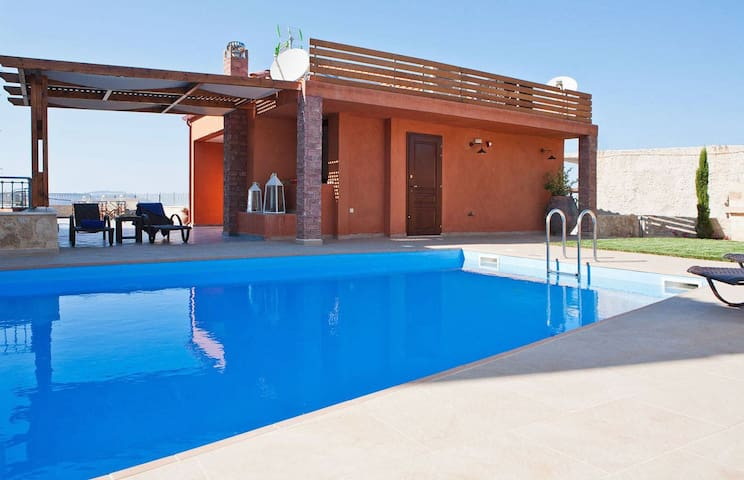 Villa Rodanthi, 4 BD, 4 BA, private pool