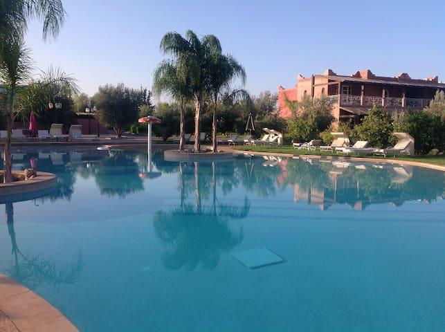Marrakech appartement deco dans superbe résidence
