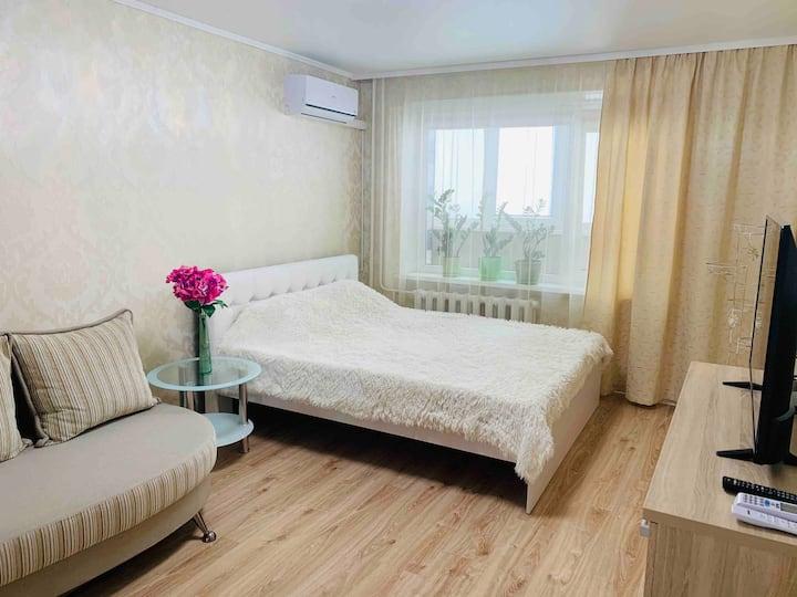 Уютная квартира ждёт Вас!  (Красноярская д.2)