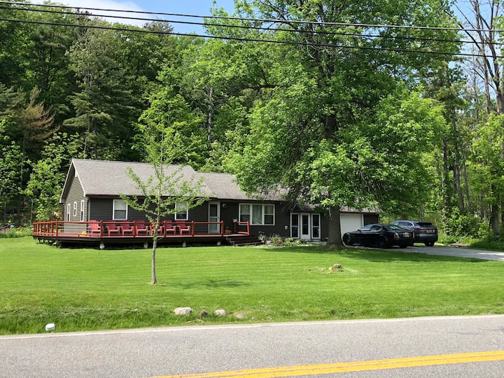 3 bedroom ranch w/deeded lake access, Lake George
