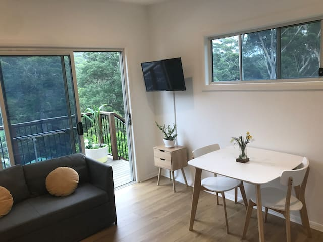 Avoca Beach HIDEAWAY (with air-con)
