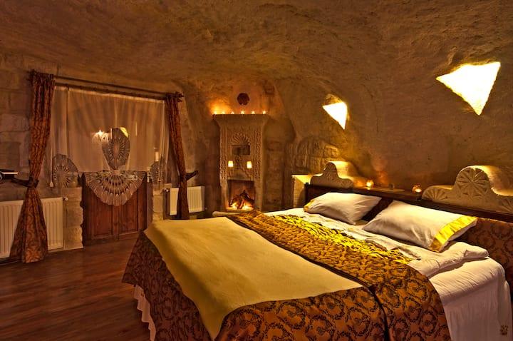 öykü evi cave hotel- sarı oda