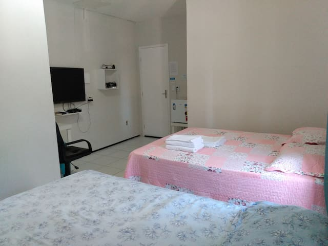 Room6_Iracema's beach _Near Beira Mar avenue.