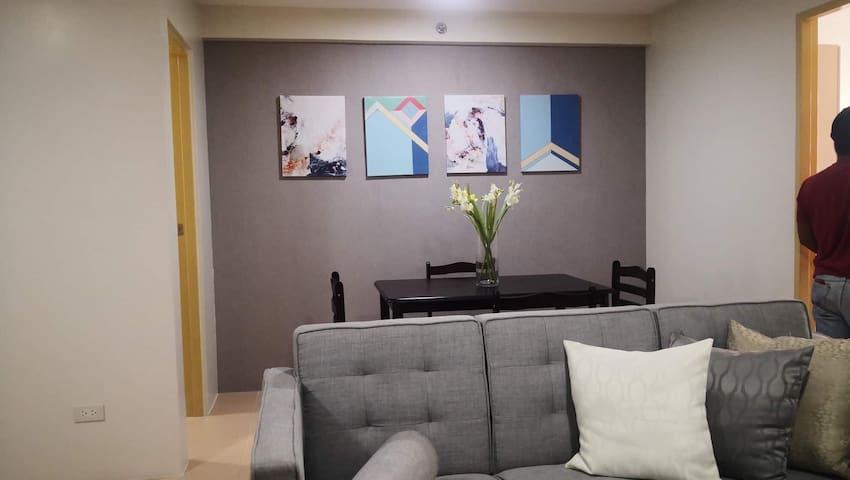 Marikit's Place Room Arevalo