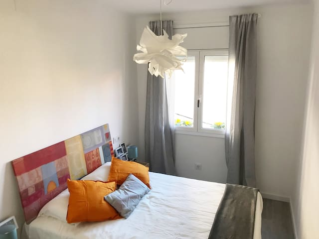 Available now! 2 bedrooms, Horta district
