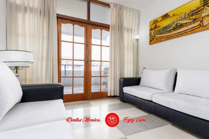 Entire flat Vedado Uli amazing price near malecon