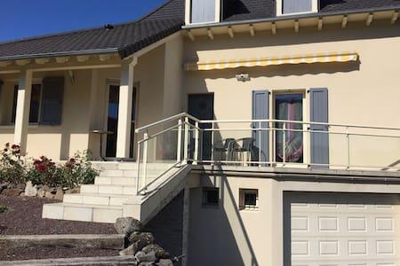 Belle maison de campagne - Marmanhac