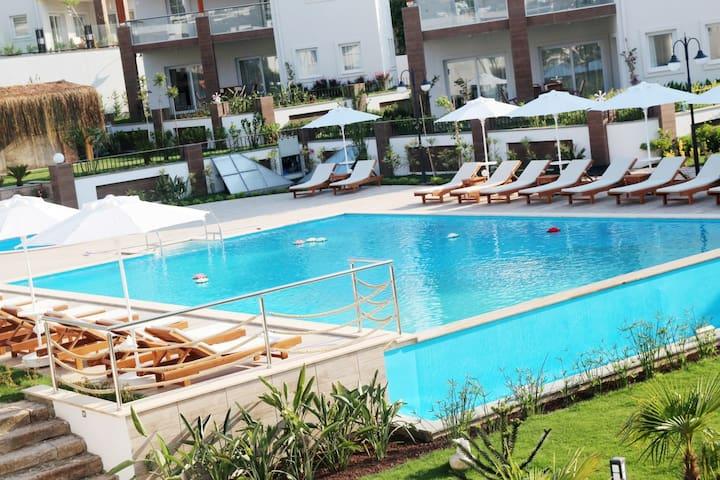 Villa Elite- Duplex homes near Yalıkavak Marina