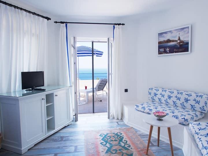 Lavanta Butik Hotel - Deniz Manzaralı Suit