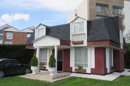 Casa Campestre en Chia - Chía - Дом