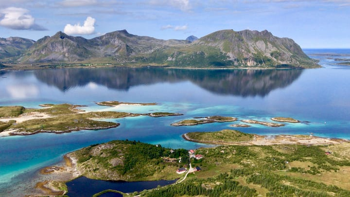 LYNGVÆRSTUA - The house by the sea. Kayakparadise