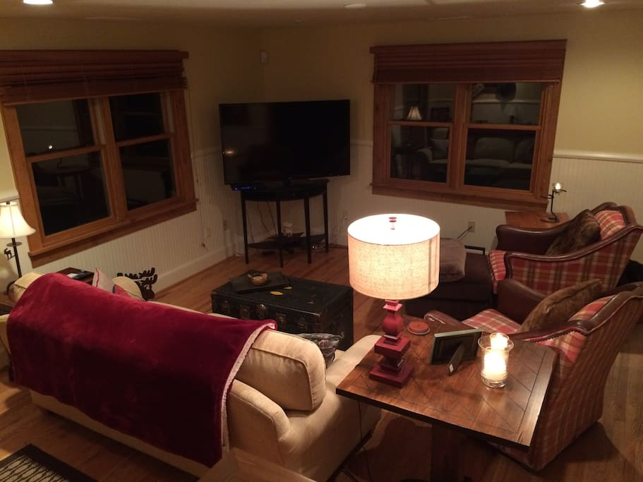 """Cozy Living Room and 60"""" LED w/ Dish Network"""