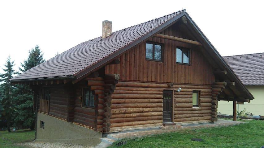 Klidný srub na Poděbradsku (Quiet cabin) - Hradčany