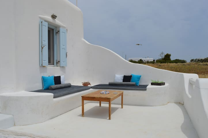 -30 meter- Studio for 3 persons, near Mykonos Town - Klouvas