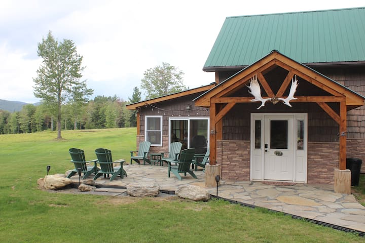Ski Lodge in Jay VT - Quiet & Secluded